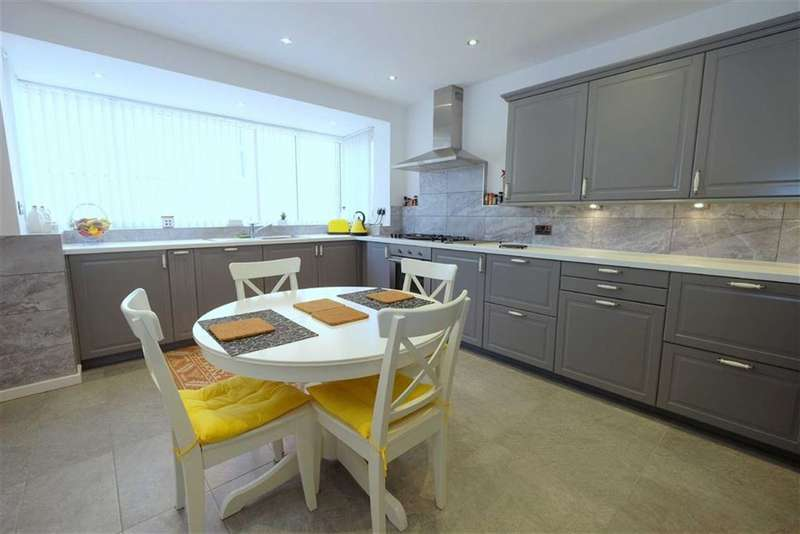 2 Bedrooms Property for sale in Clifton Drive, Fairhaven, Lytham St Annes