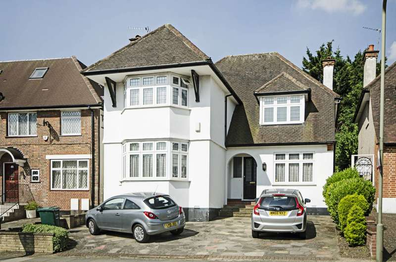 4 Bedrooms House for sale in Wykeham Road, Hendon, NW4