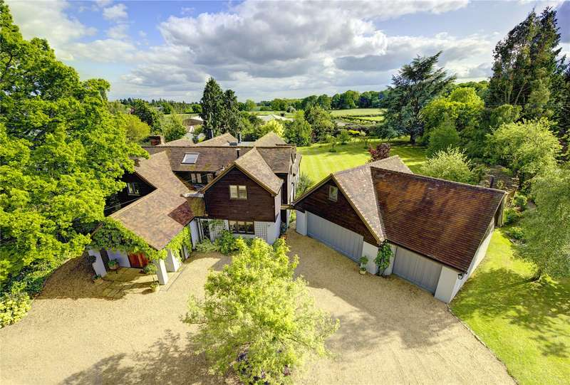 5 Bedrooms Detached House for sale in Upper Bolney Road, Harpsden, Henley-on-Thames, Oxfordshire, RG9