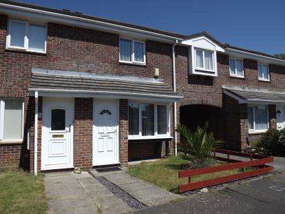 3 Bedrooms Terraced House for sale in Christchurch, Dorset