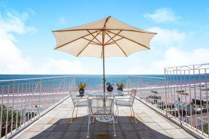 3 Bedrooms Maisonette Flat for sale in Budleigh Salterton, Devon