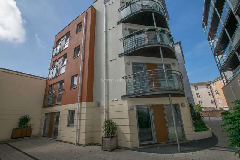 2 Bedrooms Apartment Flat for sale in St Helier