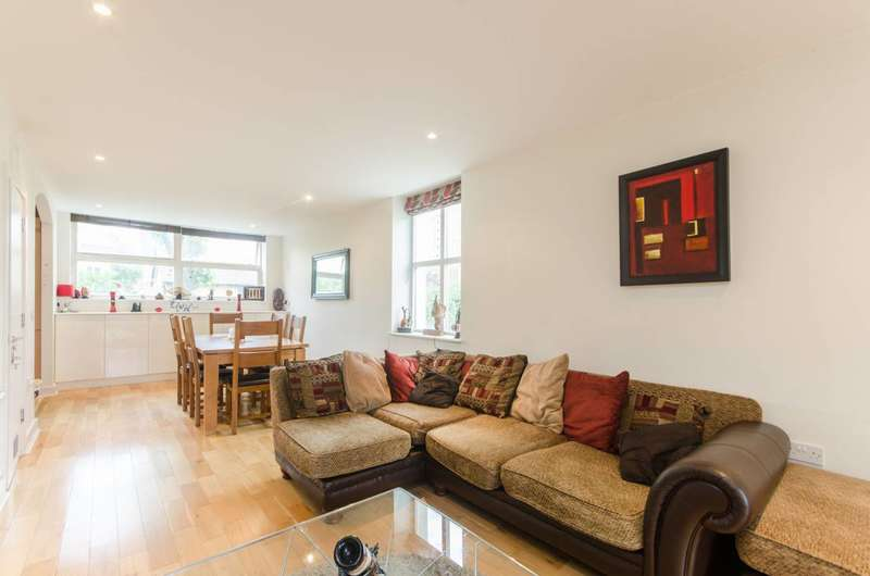 2 Bedrooms Flat for sale in Alberta Street, Kennington, SE17
