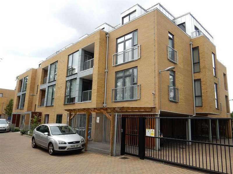 1 Bedroom Property for sale in Deck Court, Southall, Middlesex