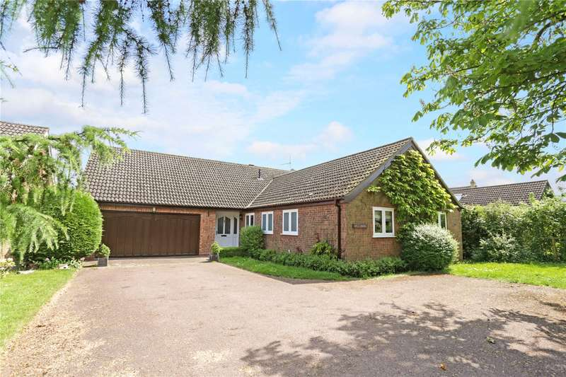 4 Bedrooms Detached Bungalow for sale in Broadway Road, Aston Somerville, Broadway, Worcestershire, WR12