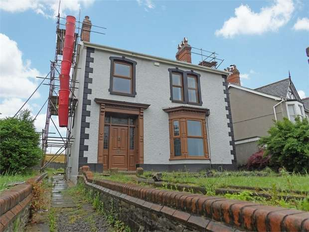 3 Bedrooms Detached House for sale in Llwyn Crwn Road, Llansamlet, Swansea, West Glamorgan