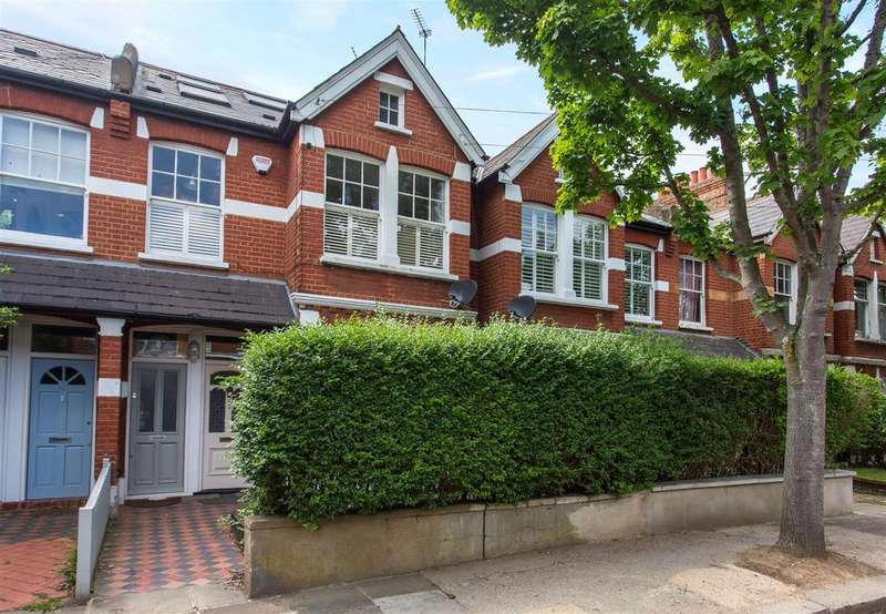 3 Bedrooms Maisonette Flat for sale in Ashleigh Road, Mortlake