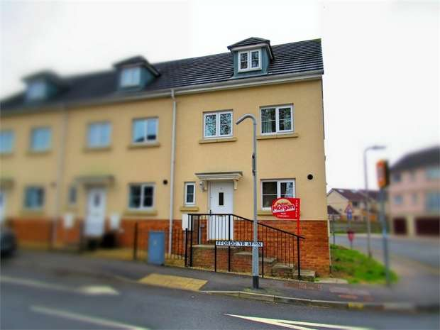 3 Bedrooms Semi Detached House for sale in Ffordd Yr Afon, Gorseinon, Swansea, West Glamorgan