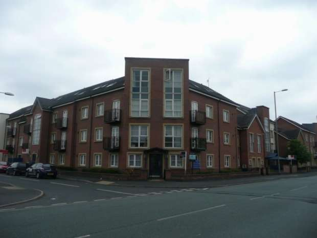2 Bedrooms Apartment Flat for rent in Alexandra Road Hulme, M16 7ha Manchester