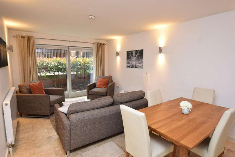2 Bedrooms Maisonette Flat for sale in Metcalfe Court Teal Street SE10