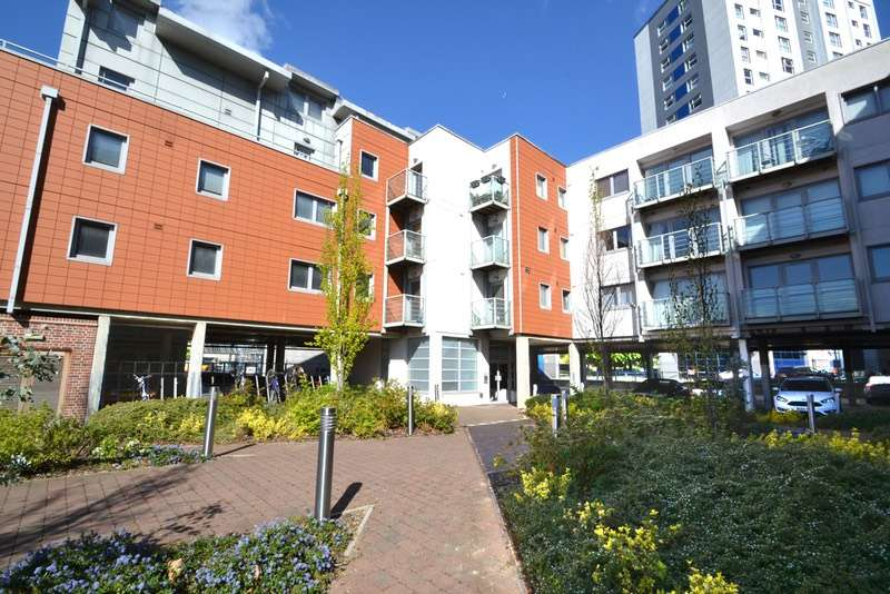 2 Bedrooms Penthouse Flat for sale in Wolsey Street, Ipswich, Suffolk, IP1