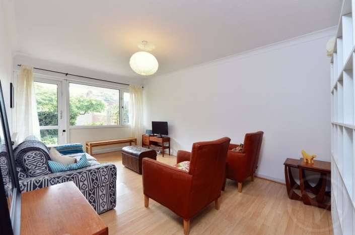 1 Bedroom Flat for sale in Christchurch Avenue, Queens Park, London, NW6