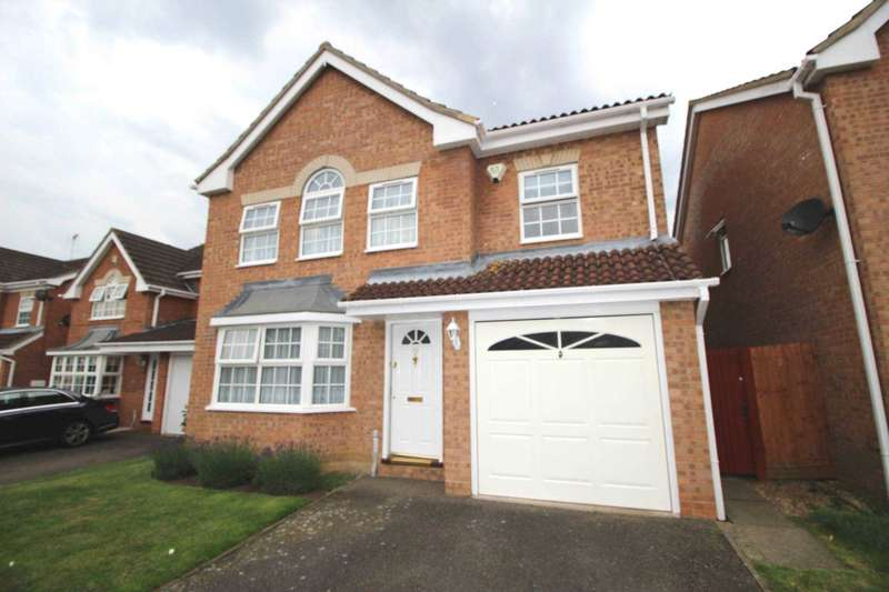 4 Bedrooms Detached House for sale in Wallace Binder Close, Maldon