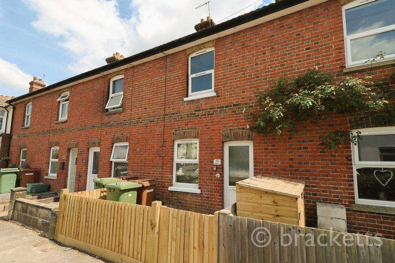 2 Bedrooms Semi Detached House for sale in Colebrook Road, Tunbridge Wells