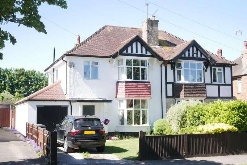 4 Bedrooms Semi Detached House for sale in Park Avenue, Eastbourne, BN21