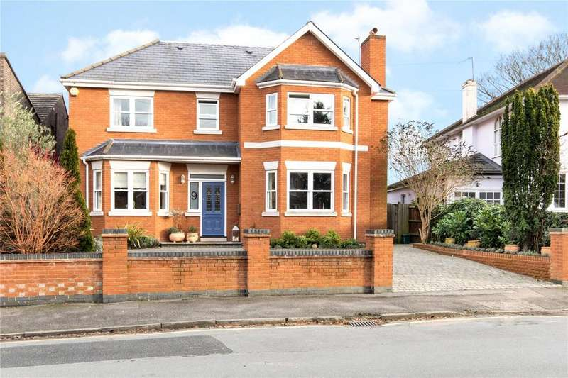 5 Bedrooms Detached House for sale in Hansler Grove, East Molesey, Surrey, KT8