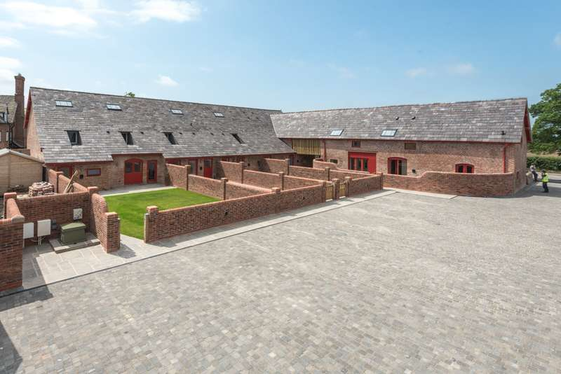 3 Bedrooms House for sale in 3 bedroom Barn Conversion Semi Detached in Huxley