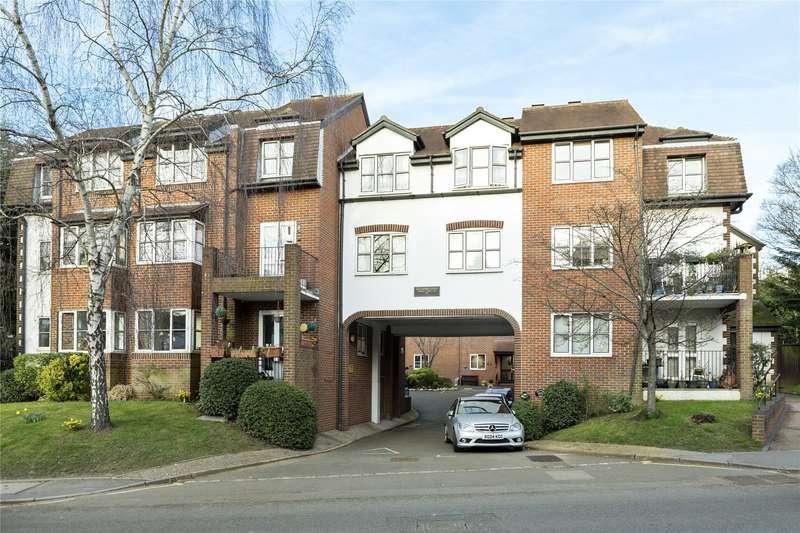 1 Bedroom Flat for sale in Monument Hill, Weybridge, Surrey, KT13