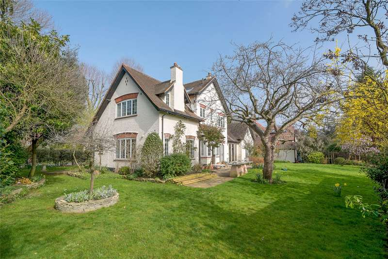 6 Bedrooms Detached House for sale in Sheridan Road, London, SW19