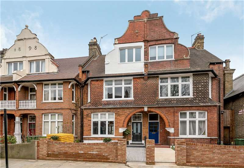 4 Bedrooms Terraced House for sale in Durand Gardens, Stockwell, London, SW9