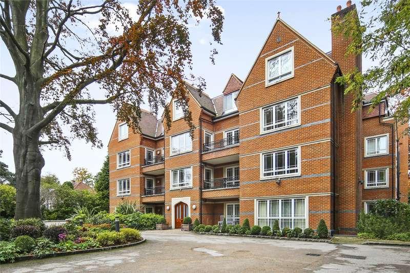 2 Bedrooms Flat for sale in St. George's Court, Cavendish Road, Weybridge, Surrey, KT13