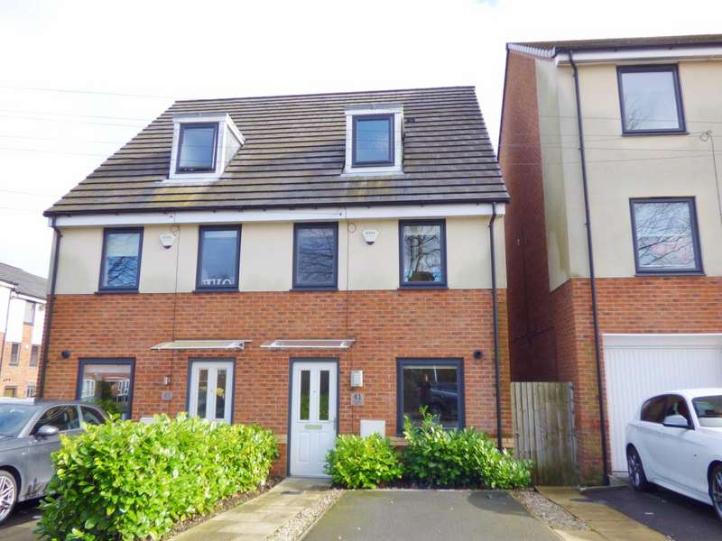 3 Bedrooms Semi Detached House for sale in Schofield Street, Heywood, Lancashire, OL10