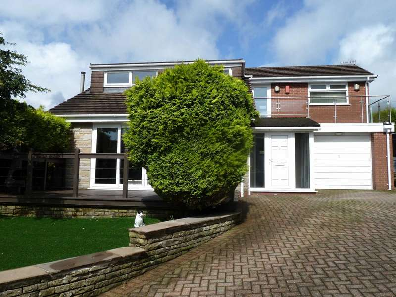3 Bedrooms Detached House for sale in Lathom Hall Avenue, Springhead, Saddleworth, OL4