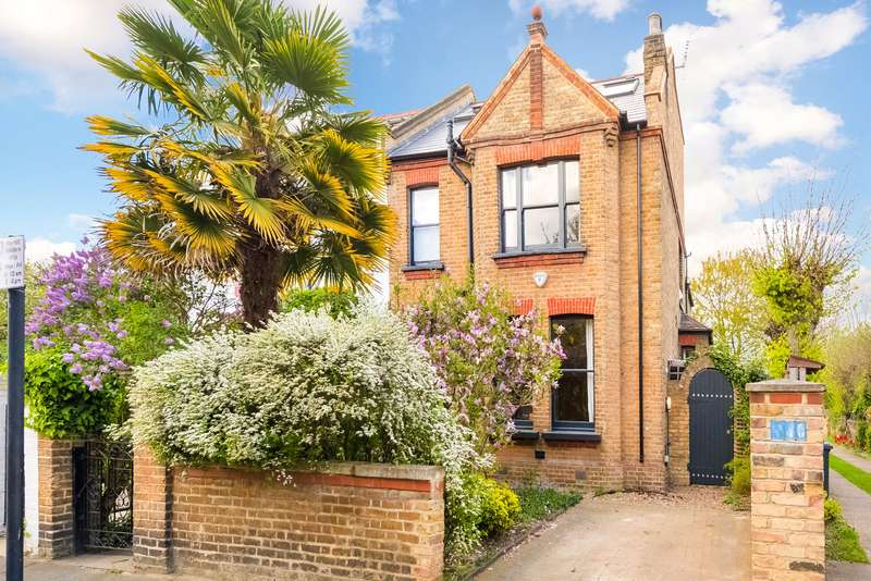 4 Bedrooms Semi Detached House for sale in Woodhurst Road, London, W3