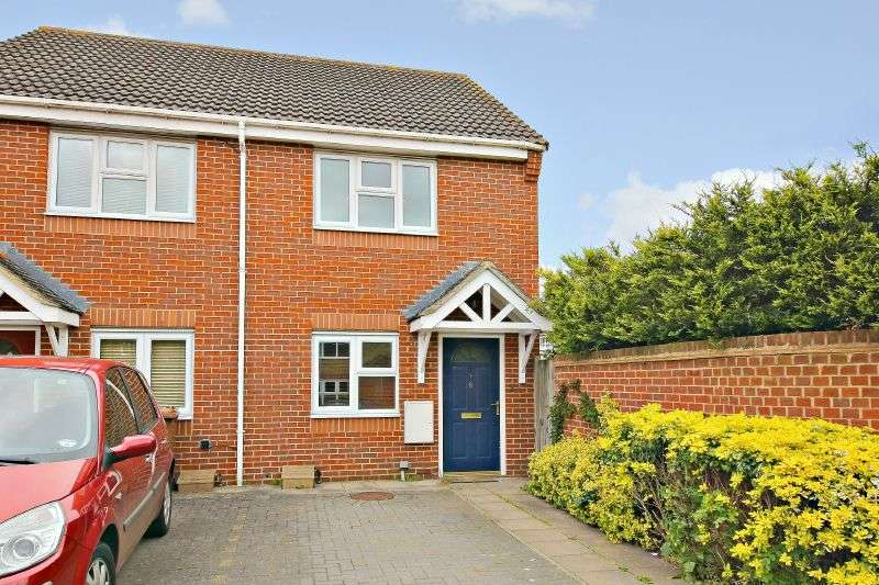 2 Bedrooms Semi Detached House for sale in Altham Gardens, Watford, Hertfordshire WD19