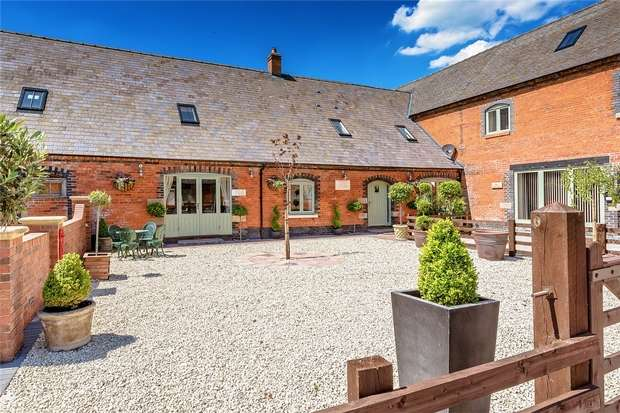 3 Bedrooms Mews House for sale in The Pines, Aychley, Market Drayton, Shropshire