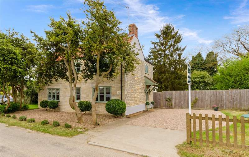 3 Bedrooms Detached House for sale in Carlton Road, Sudbrook, Grantham, NG32