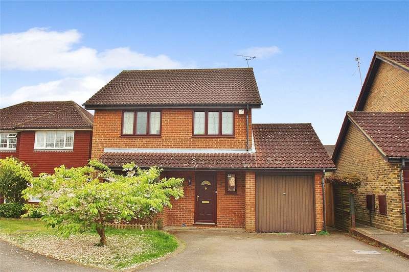 4 Bedrooms Detached House for sale in Elder Road, Bisley, Woking, Surrey, GU24