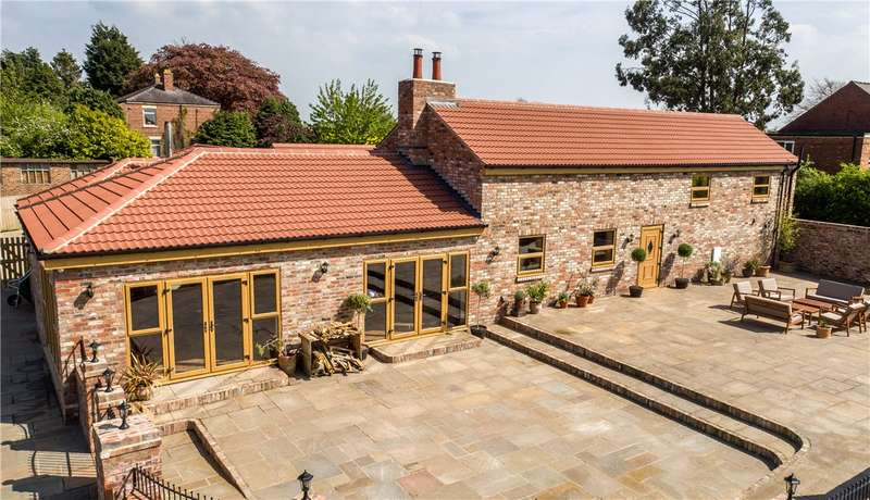 7 Bedrooms Detached House for sale in Burtree Lane, Darlington, County Durham, DL3