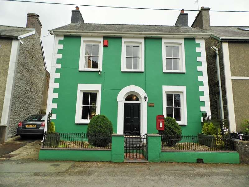 4 Bedrooms Detached House for sale in Gilfachreda, New Quay, Ceredigion, SA45