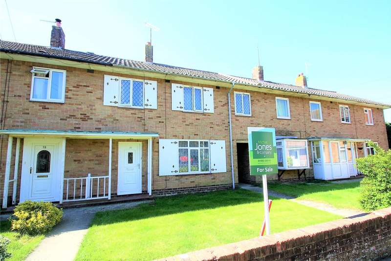 3 Bedrooms Terraced House for sale in Maybridge Square, Goring By Sea, Worthing, BN12