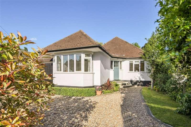 3 Bedrooms Detached Bungalow for sale in Dorney Grove, Weybridge, Surrey, KT13