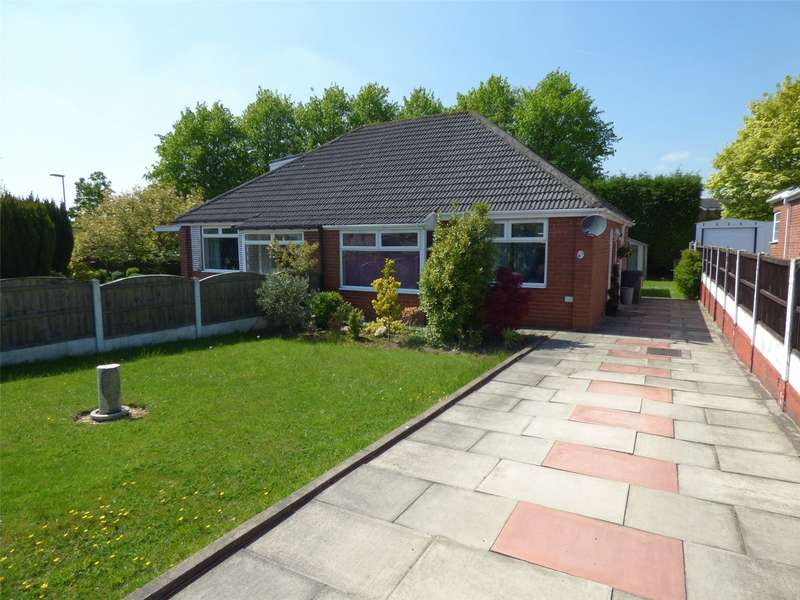 2 Bedrooms Semi Detached Bungalow for sale in Ogden Road, Failsworth, Manchester, M35