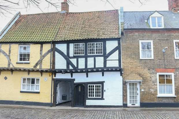 2 Bedrooms Terraced House for sale in The Old Sweet Shop, King's Lynn