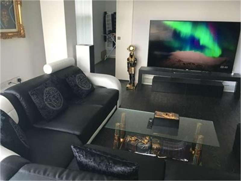 2 Bedrooms Flat for sale in Apartment 2127, 197 Wharfside Street, Birmingham, West Midlands