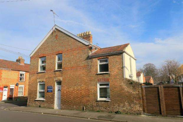 3 Bedrooms Terraced House for sale in Gloucester Street, Taunton TA1