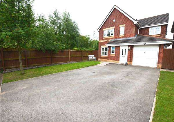4 Bedrooms Detached House for sale in Meadowsweet Close, Norton Heights, Stoke-On-Trent