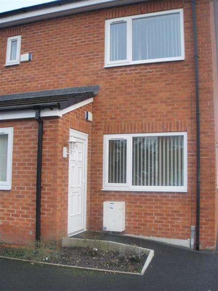 1 Bedroom Apartment Flat for sale in St James Court,, Whitelegge Street, Bury