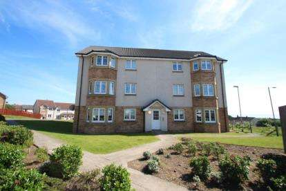 2 Bedrooms Flat for sale in Meiklelaught Place, Saltcoats, North Ayrshire
