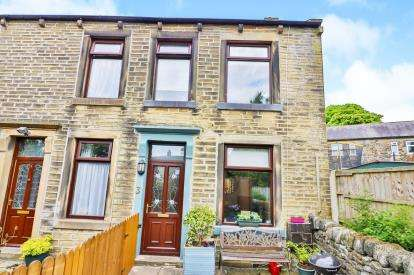 2 Bedrooms Semi Detached House for sale in Wyvern Terrace, Halifax, West Yorkshire