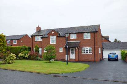 4 Bedrooms Detached House for sale in Foxley Close, Lymm, Cheshire