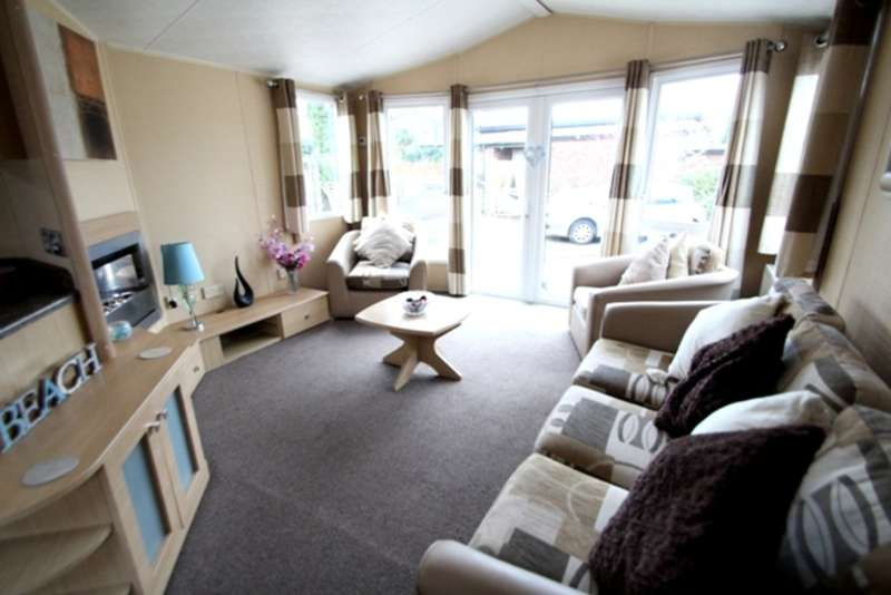 2 Bedrooms Mobile Home for sale in Willerby Winchester (2009)