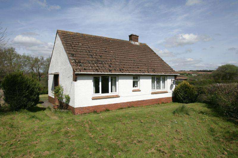 2 Bedrooms Bungalow for sale in Uton, Crediton