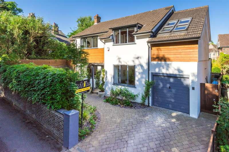 4 Bedrooms Detached House for sale in Brownlow Road, Redhill, Surrey, RH1