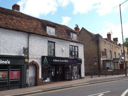 3 Bedrooms Maisonette Flat for sale in High Street, Biggleswade, Bedfordshire