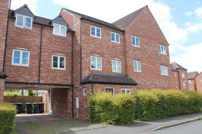 6 Bedrooms Terraced House for sale in Congreve Way, Stratford-Upon-Avon